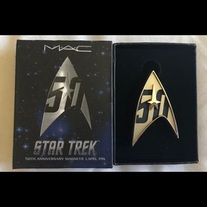MAC Cosmetics Star Trek EXCLUSIVE Magnetic Pin